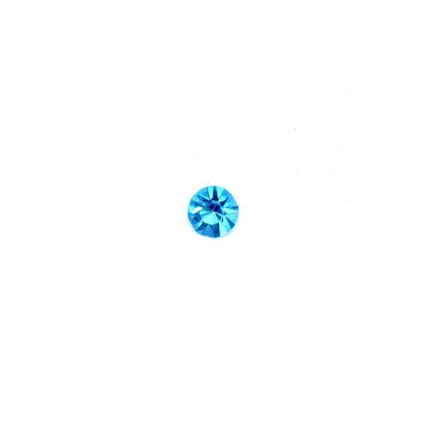 небесно синьо кристалче частица