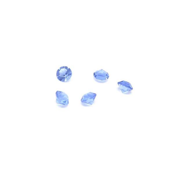 светли сини кристалчета