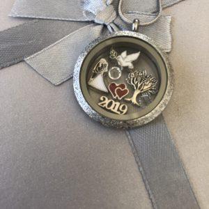 медальон-сребрист-сватба