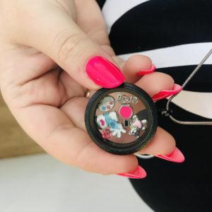 Медальон момичешки