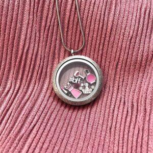 медальон за моминско парти