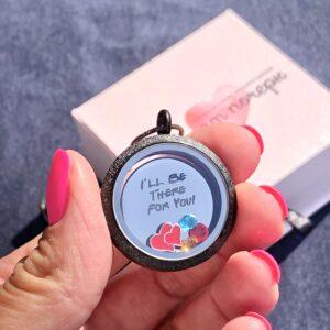 Медальон от сериала Приятели