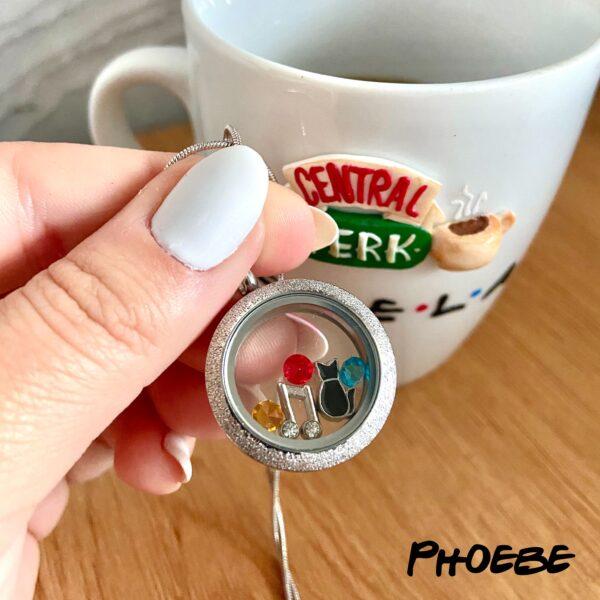 Медальон Фийби от сериала Friends